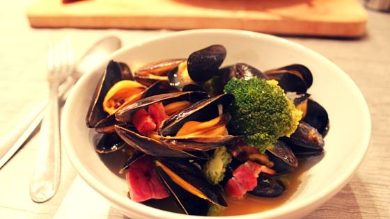 French Provincial Vegetables and Mussels Recipe - The Lite Backpacker