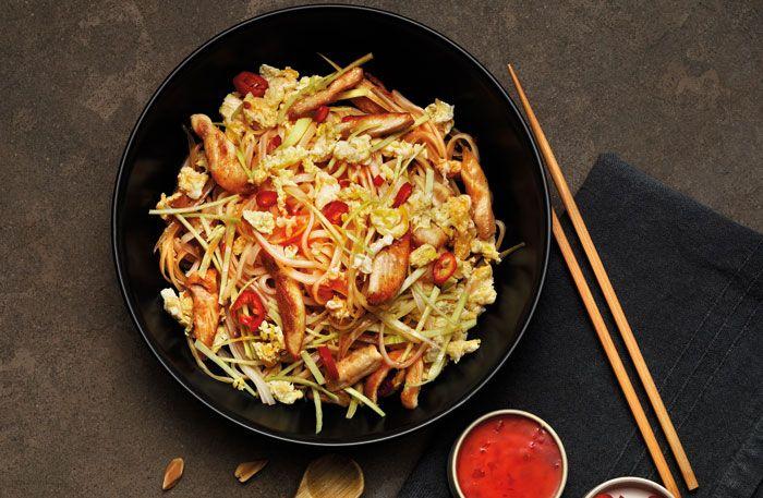 Phad Thai med kyckling och jordnötter