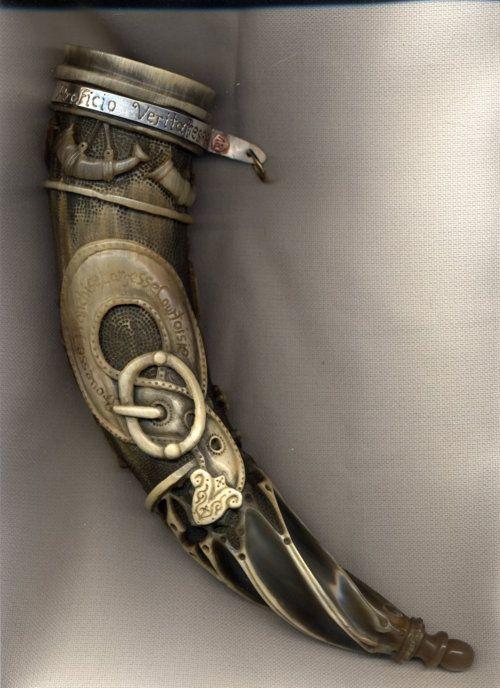 Viking hornHorns Pic2, Dragons Horns, Art, Drinks Horns, Norway Vikings, Beautiful Drinks, Vikings Horns, Welsh Dragons, Vikings Drinks