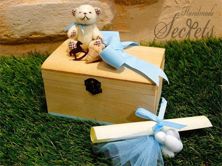 Προσκλητήριο με μπομπονιέρα μαζί ξύλινο κουτί