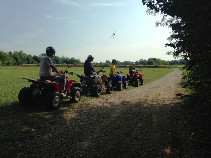 Gruppo quad in escursione in Veneto