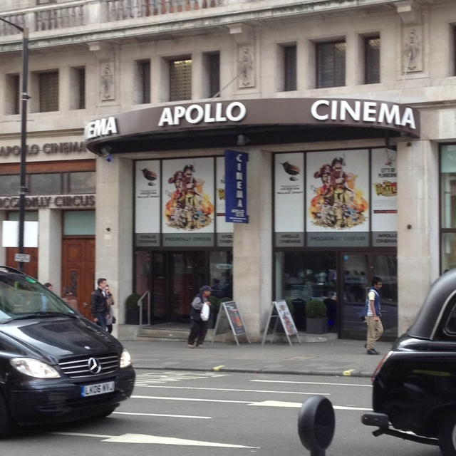 Empire cinema london piccadilly webcam