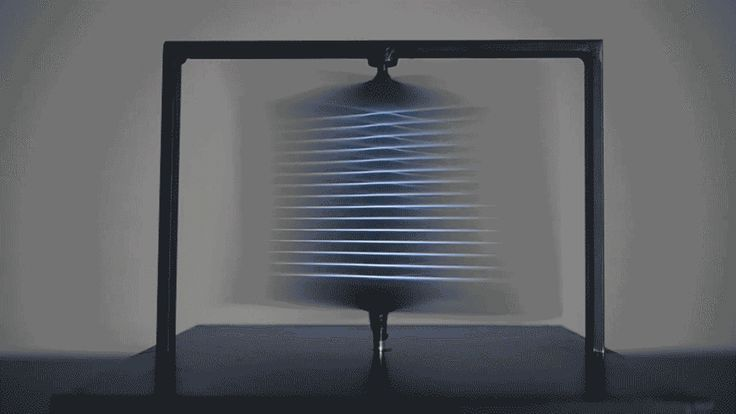 Twirling Monitors Create Incredible 3-D Sculptures
