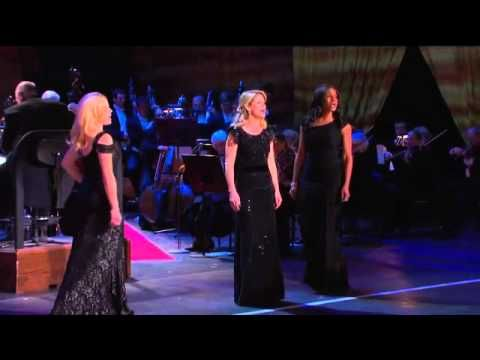 At The Ballet - Audra McDonald, Megan Hilty, Kelli O'Hara --At the Ballet(ミュージカル「コーラス・ライン」より)
