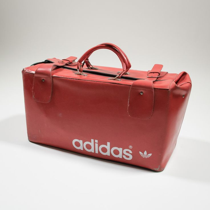 ✦ CLICK TO BUY ✦ ADIDAS - Red leather 70s duffel bag - Borsone rosso anni '70 in pelle - Millesimè Vintage Clothing & Accessories