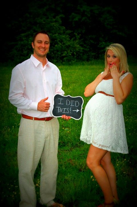 Maternity pics this would be a picture Justin would think was funny