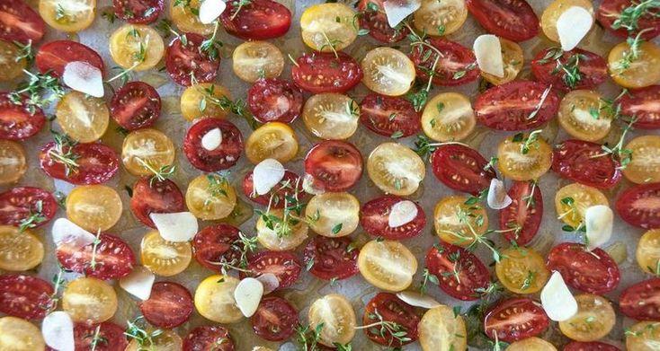 Ντομάτα! Συνήθως... κόκκινη πάντα... απαραίτητη! | Άκης Πετρετζίκης