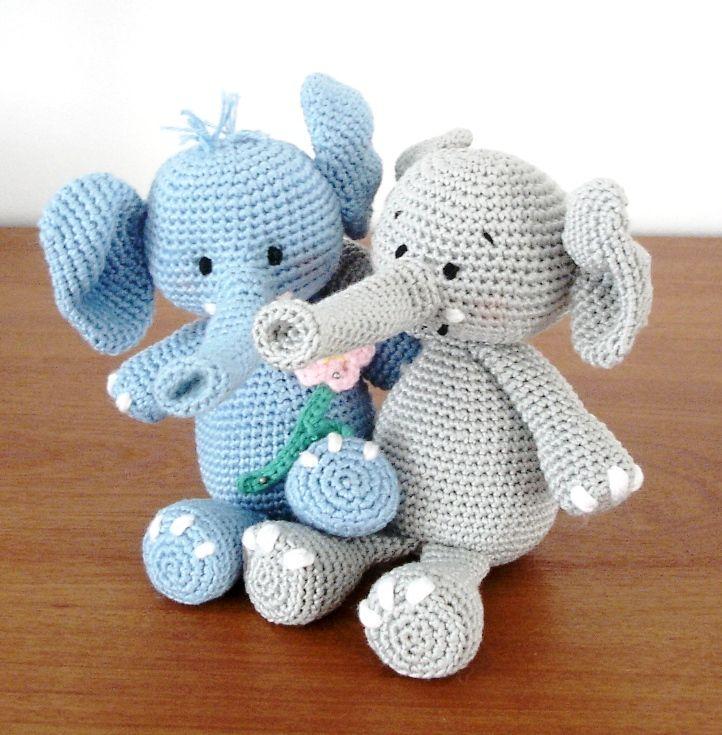 Свяжите своему чаду лучшего друга - милого слоника амигуруми! Слоник амигуруми вяжется из хлопковой пряжи крючком 2.0 мм. Схема вязаной игрушки составлена Vanja Grundmann.