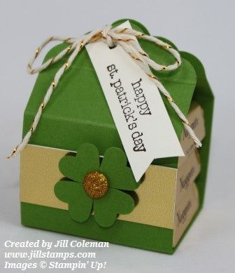 St. Patrick's Scalloped Tag Topper Punch Nugget Wrap