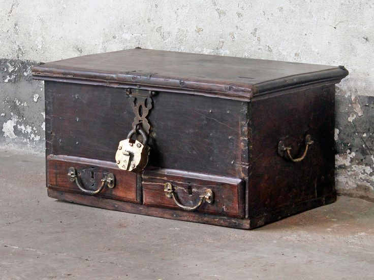 Memory Chest With Secret Compartment