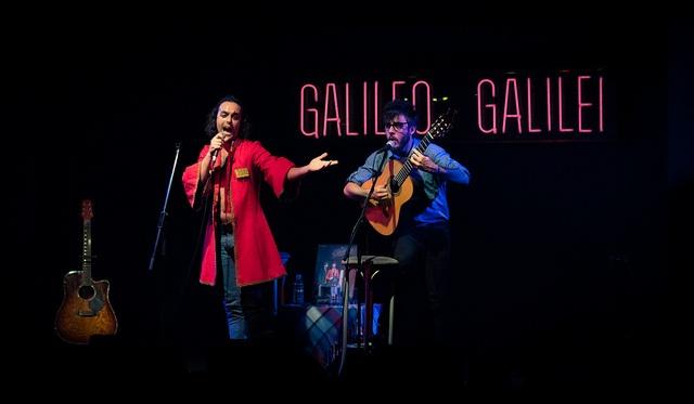 Antílopez en la sala de conciertos Galileo Galilei en Madrid. Photo by jaimeroldan, via Flickr    Más info:  http://www.antilopez.es  http://www.cancionesenbuscadeartistas.com  http://www.jaimeroldan.com