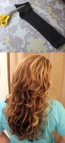 Comment utiliser une simple chaussette (sans sèche cheveux ni rien) pour avoir de beaux cheveux bouclés !