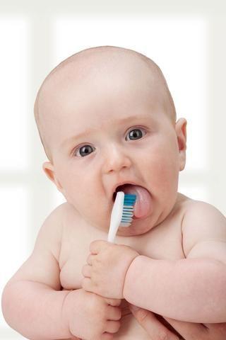 TONS of natural soothing teething methods that work!