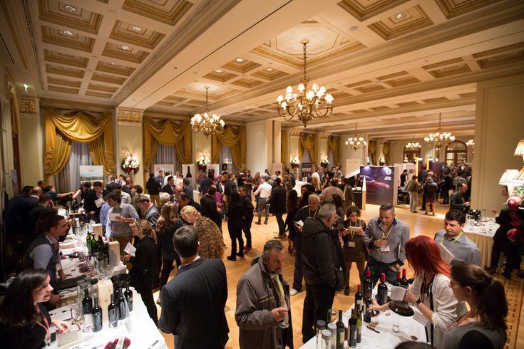 Με μεγάλη επιτυχία οργανώθηκαν την περασμένη Κυριακή 27 Νοεμβρίου τα τρίτα Μεγάλα Κόκκινα Κρασιά. Για μια μέρα η αφρόκρεμα του ερυθρού κρασιού της χώρας ήταν στην Μεγάλη Βρετανία.