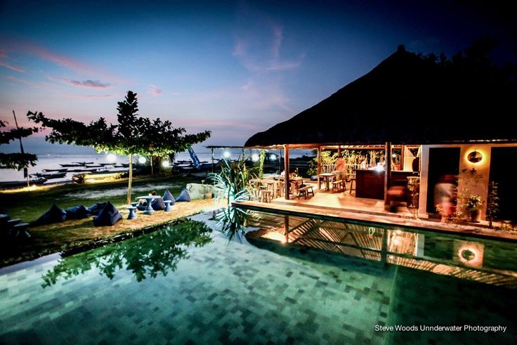 Unique Moments at Blue Corner Dive Guesthouse. Stay at your low-budget accommodation and explore Bali's Southern Islands with the booking platform HSH Stay.