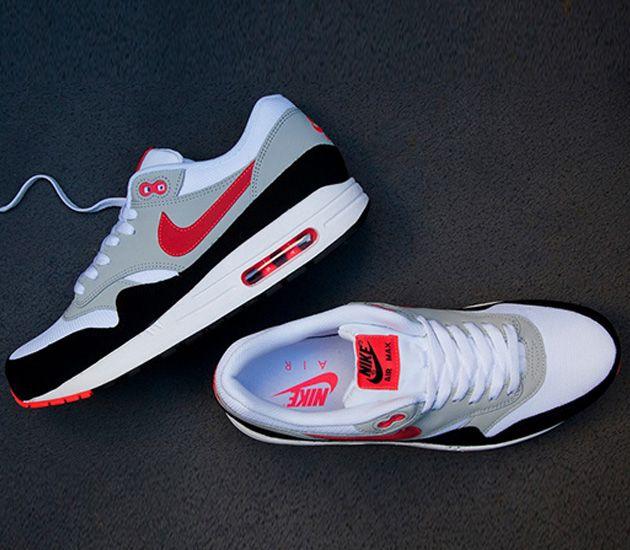 Nike Air Max 1 Essential – White / Crimson  – Black