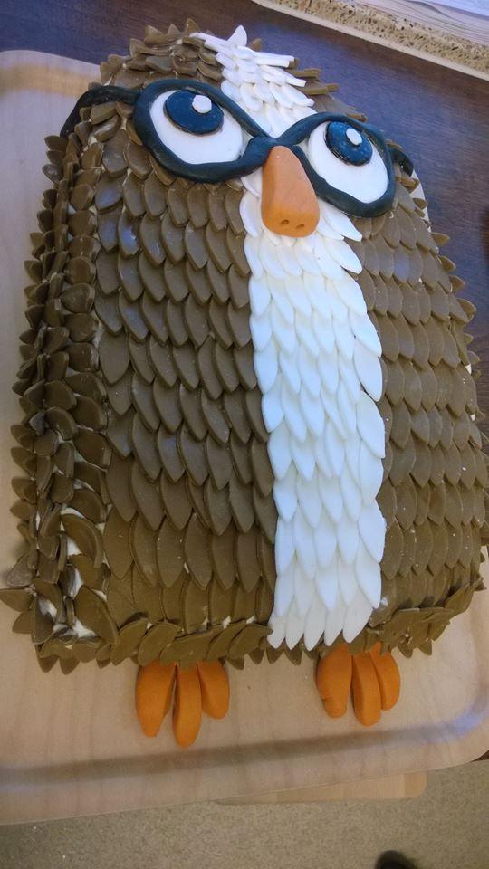 Pöllö sokerimassasta