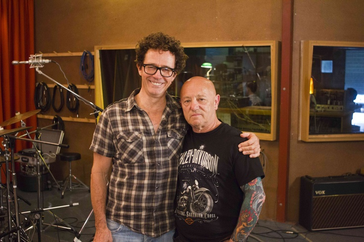 What do you get when you throw two of Australia's most iconic vocalists together? A whole lot of banter that's for sure!   Mark Gable frontman of Aussie Rock band Choirboys, and Angry Anderson lead singer of Rose Tattoo, have clocked up a friendship spanning 30 + years.    With Aussie men over 80% more likely to be diagnosed with common cancers, the guys want to spread the word that now is the time to start thinking about health. #cancercouncil #friends #support #mates #charity #cancer #hope