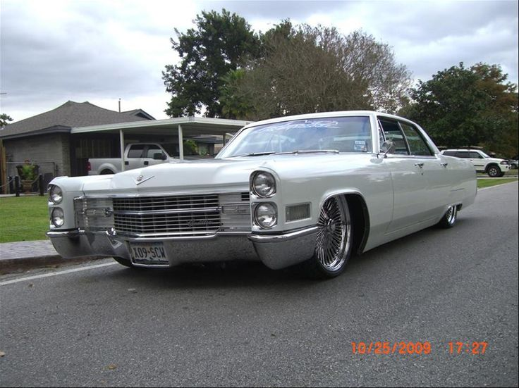 Old Cadillac Cars Pictures