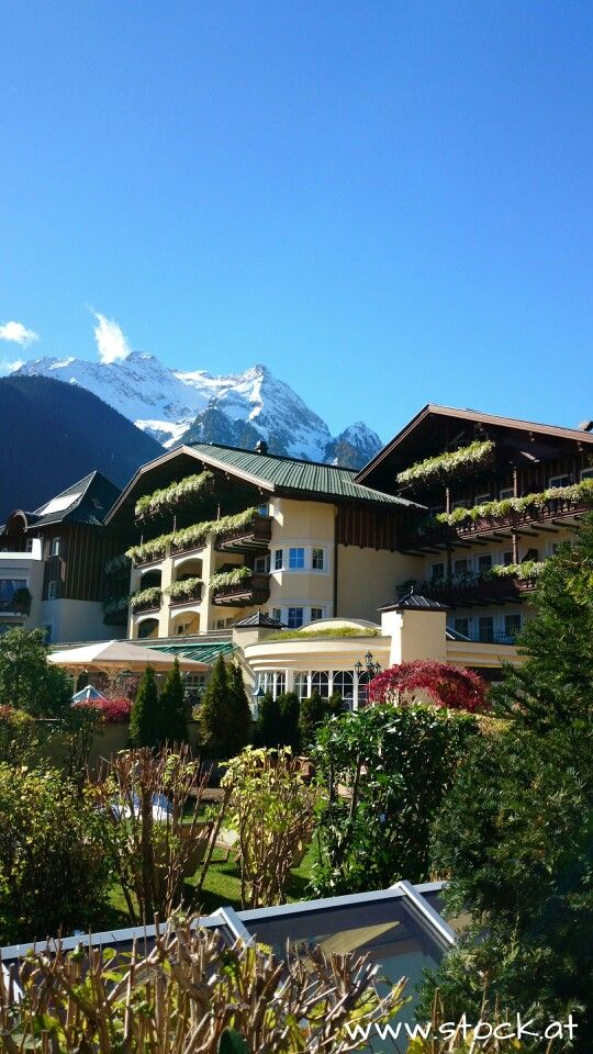 amazing 5 star Stock resort in #Finkenberg with a wonderful view to the Hintertuxer glacier world in the #Zillertal