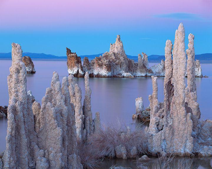 Mono Lake, Eastern Sierra, California, USA