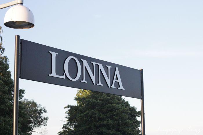Happy days: An evening at Lonna island
