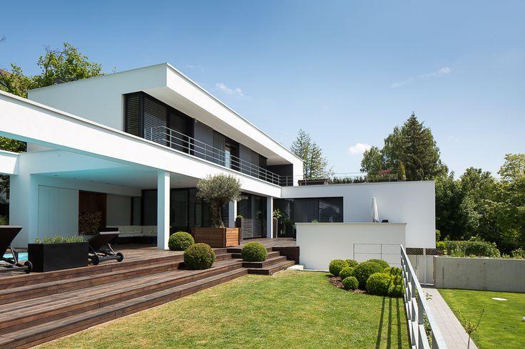 22 besten modern villas bilder auf pinterest moderne for Moderne villen deutschland