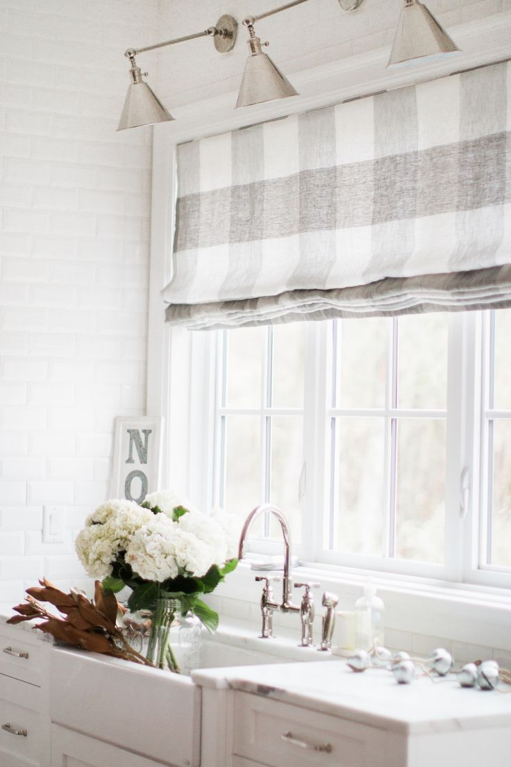 roman shades, buy online, Monika Hibbs, Key Largo Check, Schumacher fabric, large scale, buffalo plaid, buffalo check, Canadian made, Toronto, Mississauga, ship to Canada, ship to US, white and grey, white and taupe,