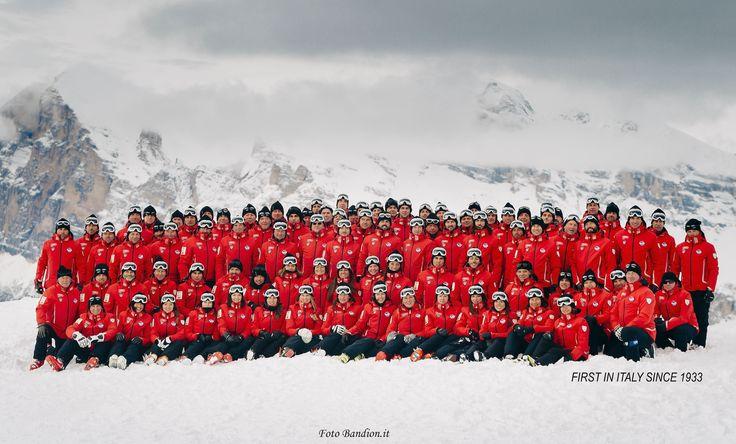 Cortina Ski School, the Team - 140 ski instructors. Foto Bandion.it