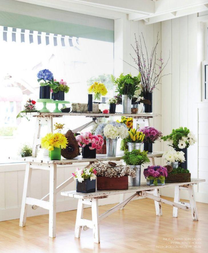 25 best ideas about flower shop displays on pinterest for Flower bench ideas