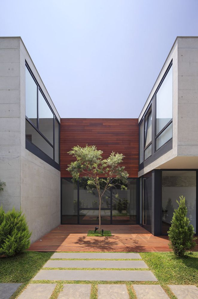 Gallery of Subtracted House / Seinfeld Arquitectos - 3
