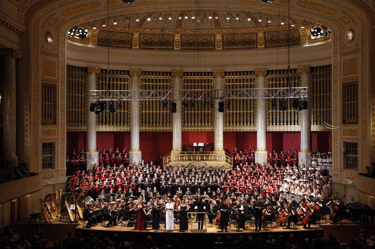 Symphonie Der Tausend