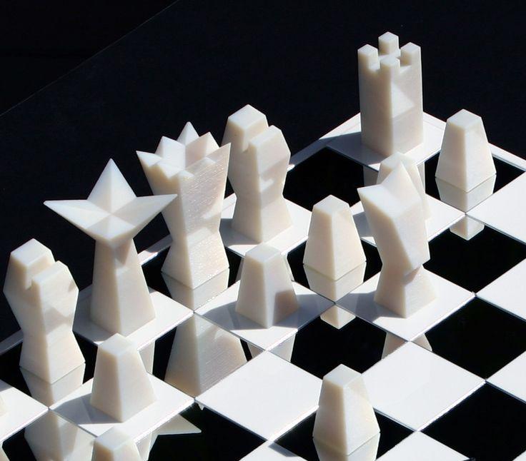 nN chess pieces