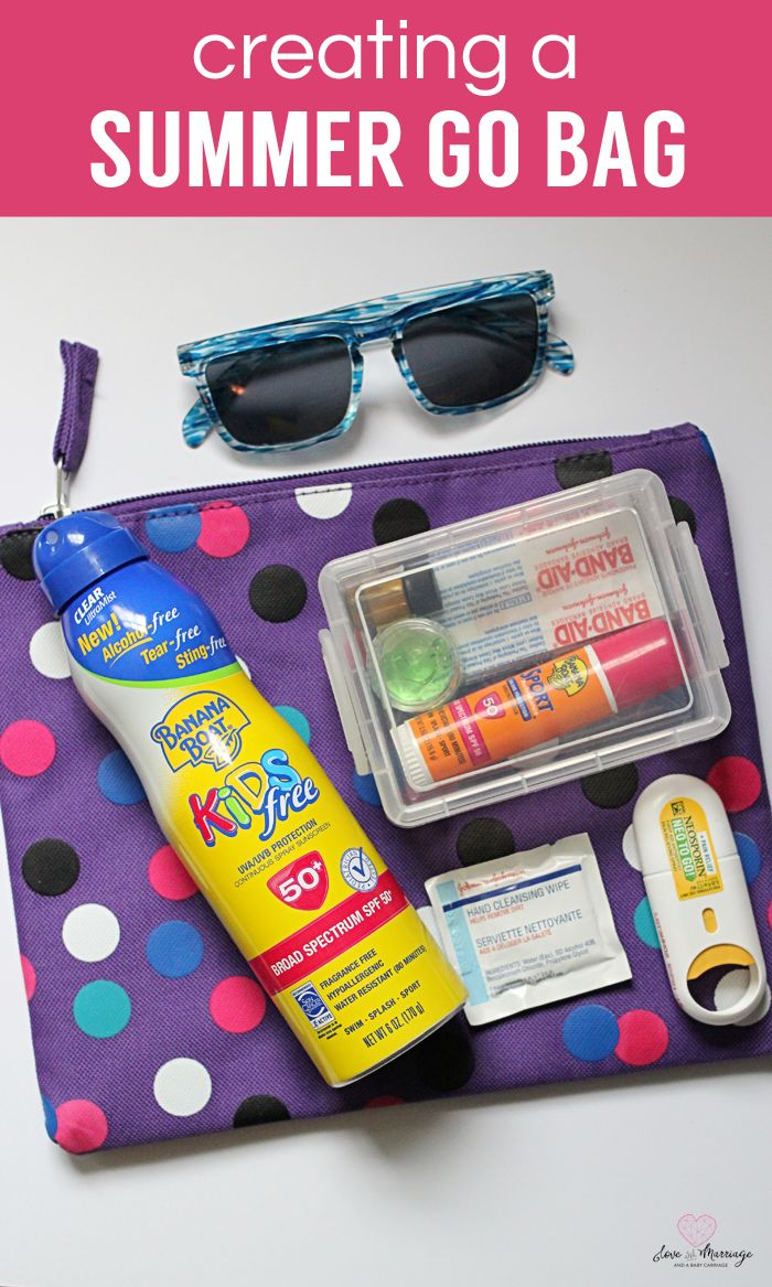 Make a summer go bag so you'll never forget all your outdoor essentials again!
