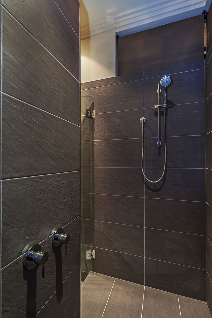 Christopher Double Shower - WOW! Homes www.wowhomes.com.au