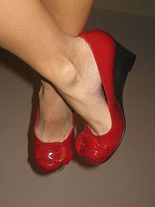 Un Manitas en Casa: Cómo ensanchar unos zapatos nuevos