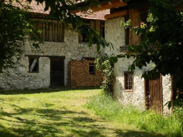 Oltre 20 migliori idee su case in pietra su pinterest for Pietra da esterno casa
