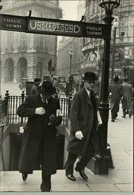 Hotel de Ville: A Vintage Eyewear Blog: London Underground, 1910