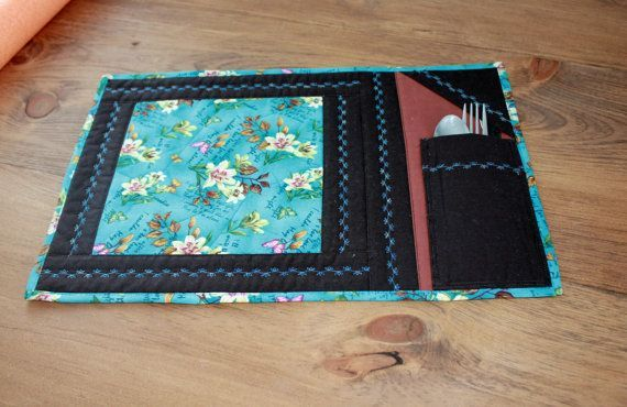 Quilted placemat ideal for the lunch box. Perfect for a snack.