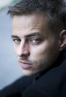 Tom Wlaschiha (Jaqen H'ghar--Game of Thrones)..yes, please!