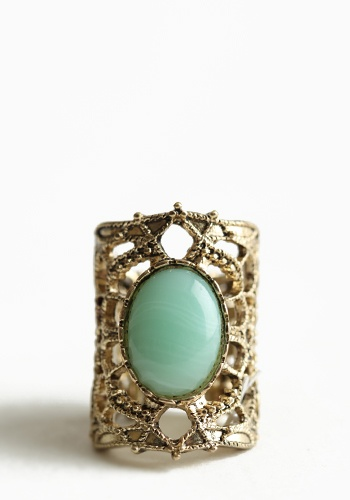 Vintage seafoam green ring. ♥