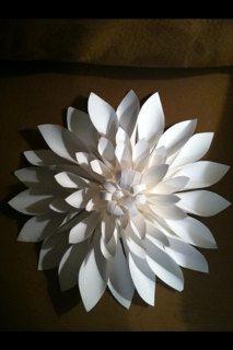 Gigante fiore di carta Dahlia Trio set di 3 di FantasyinFlorals