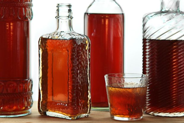 Easy Homemade Amaretto #canning #recipe