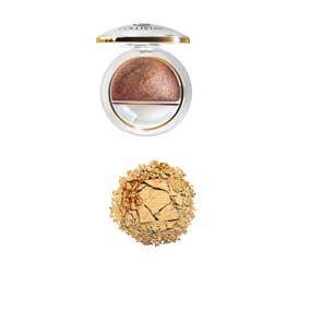 Collistar Sombra de Ojos Doble Efecto Wet # 5 (Oro Brillante) Sombra cocida de doble uso. Se aplica con un pincel seco para un efecto luminoso y transparente, con el pincel humedecido para obtener un maquillaje de mayor cobertura y de larga duración. Acción hidratante y antiedad