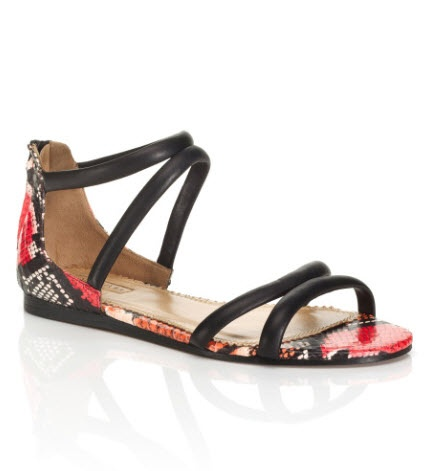 Aquazzura fara toc. Comanda din RO, afla cum: http://thankyou.ws/ce-pantofi-si-sandale-poarta-celebritatile-in-primavara-vara-2013