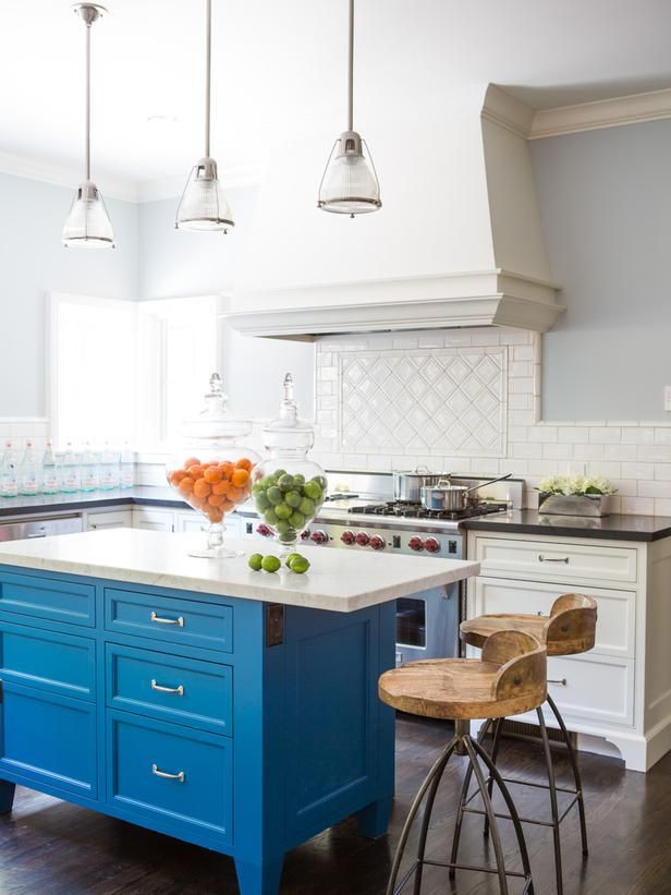 White kitchen with blue island:  http://www.hgtv.com/designers-portfolio/room/traditional/living-rooms/14524/index.html#/id-14511?soc=pinterest