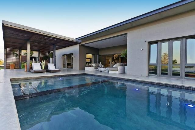 What do you think of this pool area in Lanseria, Randburg? Hot or not?  See the full listing details here:  http://www.myproperty.co.za/property/for-sale/lanseria/6-bedroom-house-for-sale-577384/