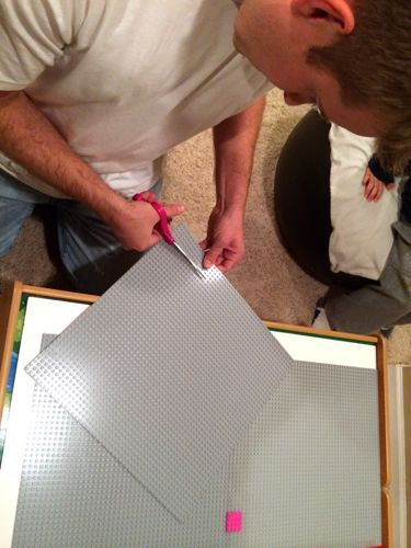 Cutting and glueing Lego base plates to make a Lego board or table, great tips, lots of photos (I can teach my child)