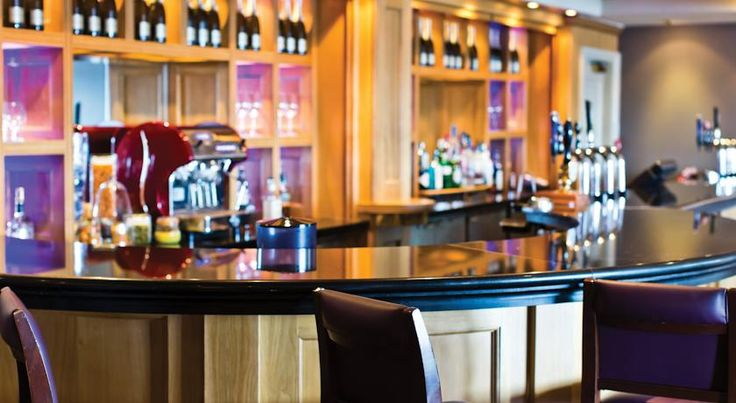 Cottons Hotel and Spa - A Thwaites Hotel and Spa Knutsford Just outside the stylish Cheshire town of Knutsford and very close to the M6 and M56, this luxury 4-star hotel is a great for exploring Manchester, Chester, Liverpool and the Northwest.