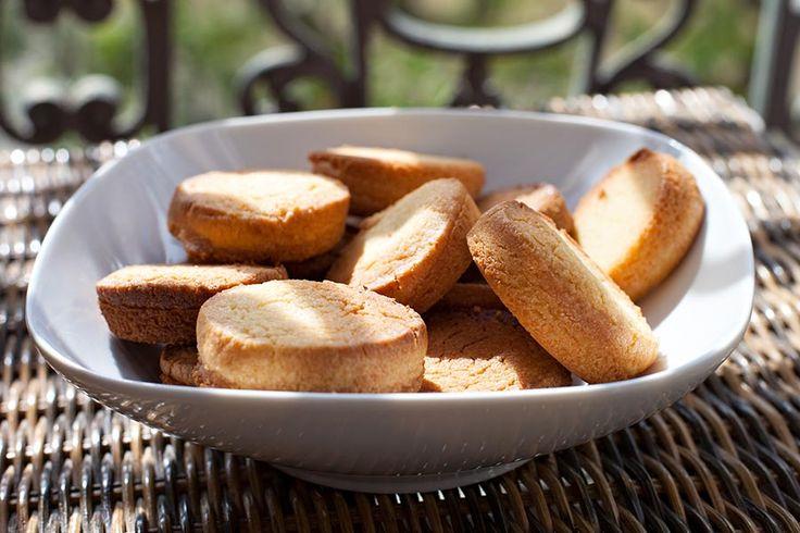 Recette de palets bretons au beurre salé au Thermomix TM31 ou TM5. Réalisez ce dessert en mode étape par étape comme sur votre robot !
